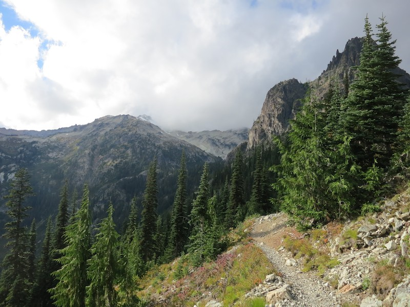 dramatic light on the PCT south of stevens pass
